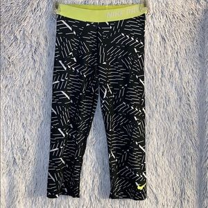 Ladies Nike Capri Leggings